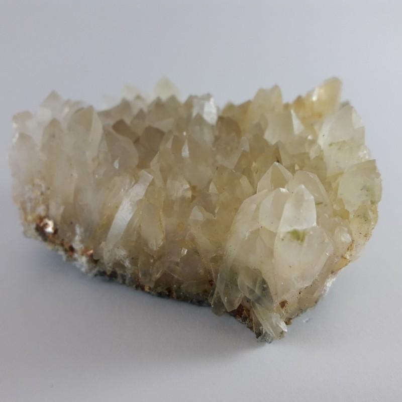 №335 Планински кристал