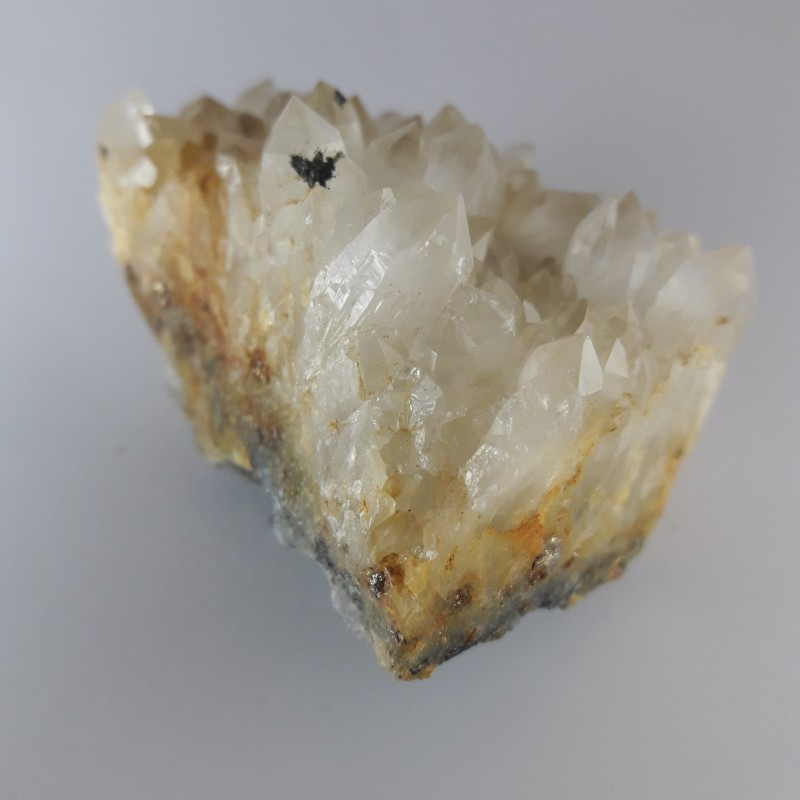 №37 - Планински кристал