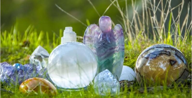 Енергиен потенциал на кристалите